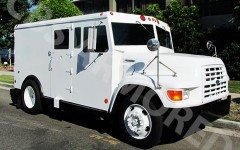 1995-Refurbished-Ford-F800-Armored-Truck
