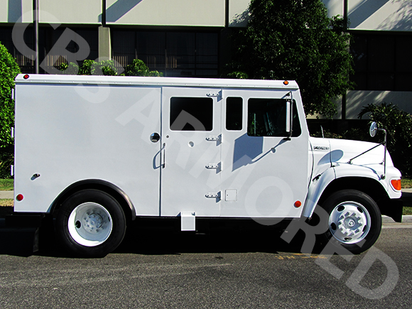 1995-Refurbished-Ford-F800-Armored-Truck-3