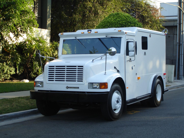armoured van for sale autos weblog. Black Bedroom Furniture Sets. Home Design Ideas