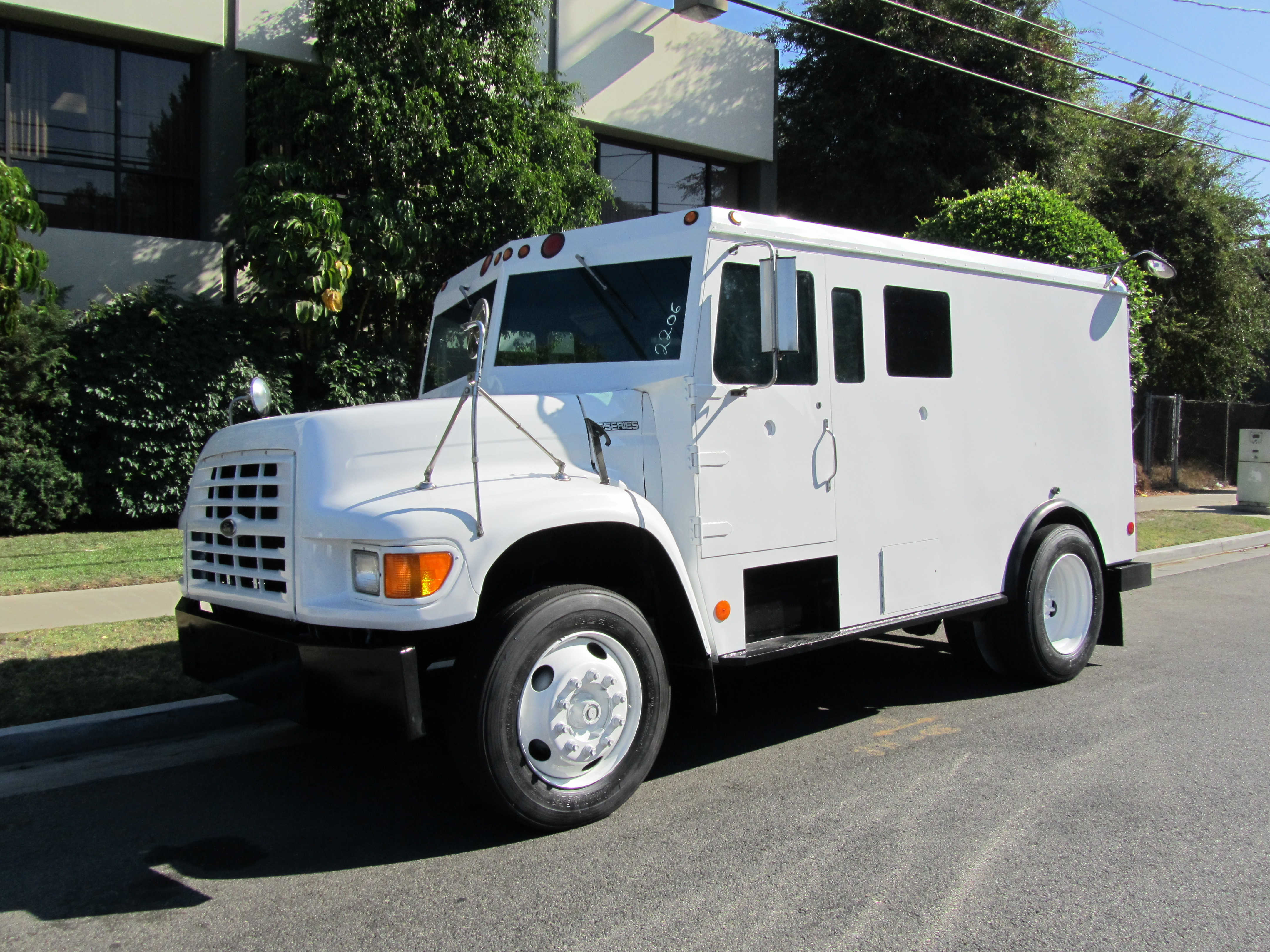 used armored cash truck sales autos post. Black Bedroom Furniture Sets. Home Design Ideas