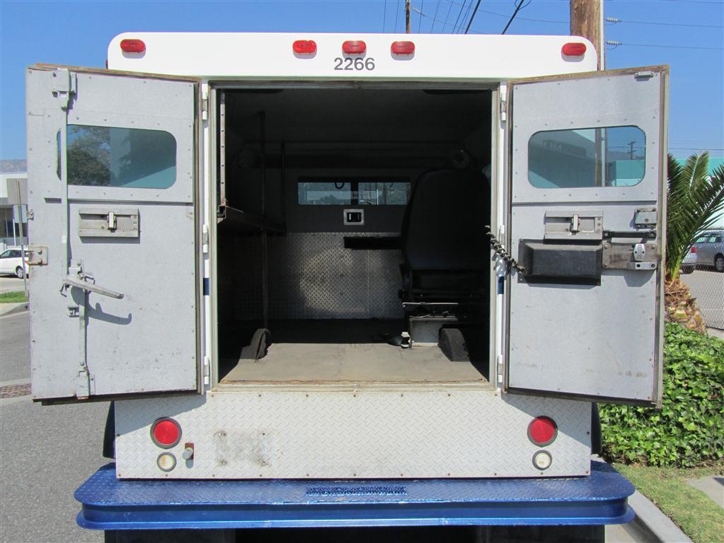 armored truck for sale autos weblog. Black Bedroom Furniture Sets. Home Design Ideas
