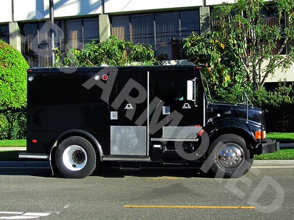 284---1999-International-4700-Truck-2