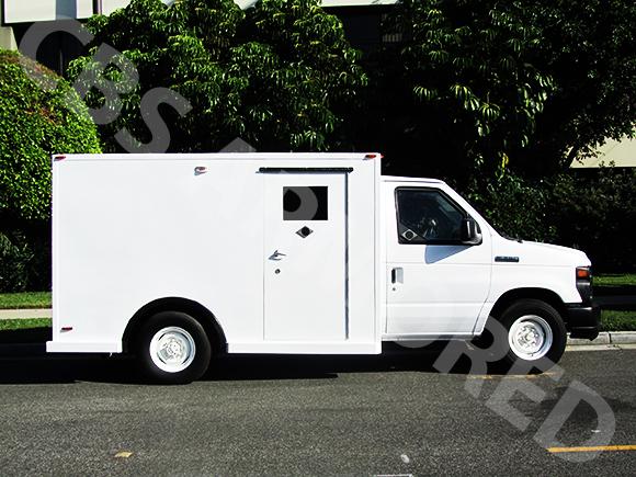 801---2008-Ford-E350-Y-Van-3