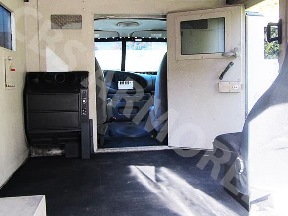 801---2008-Ford-E350-Y-Van-6