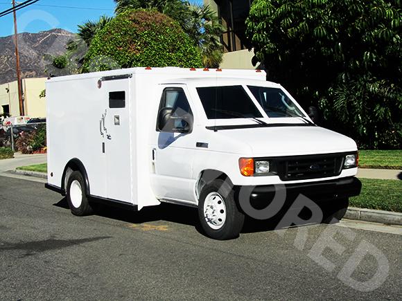 807---2007-Ford-E350-Y-Van
