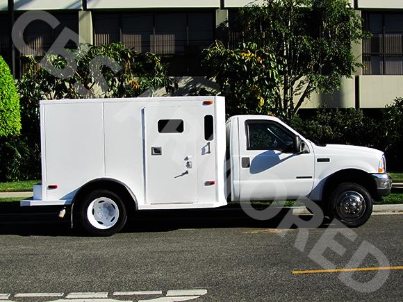 323---2001-Ford-F450-Truck-3