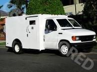 803---2007-Ford-E350-Y-Van